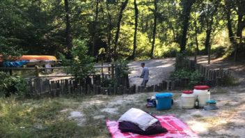 Mini bivouac sur la Leyre, camping sur l'aire naturelle de bernet, descente en canoe kayak sur la rivière sur la Leyre, a coté du bassin d'Arcachon et Bordeaux